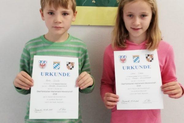 Lena Simon und Anton Schütz aus der Klasse 4G