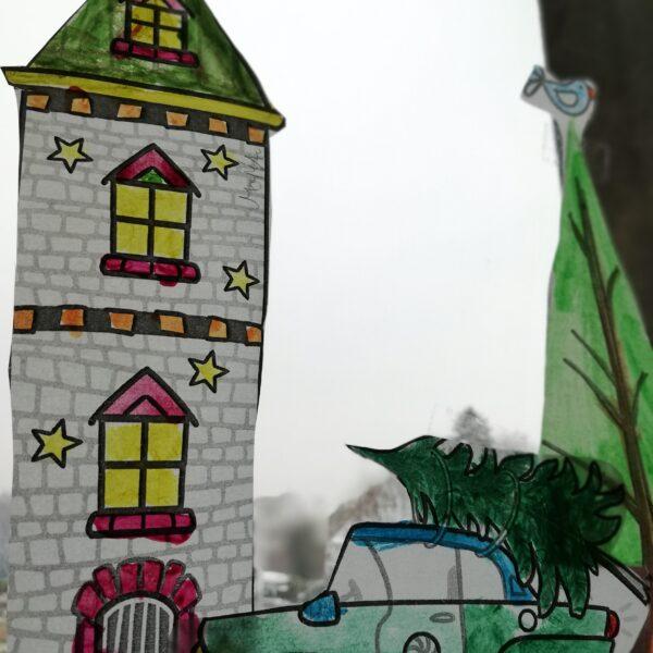 Adventsdeko am Fenster